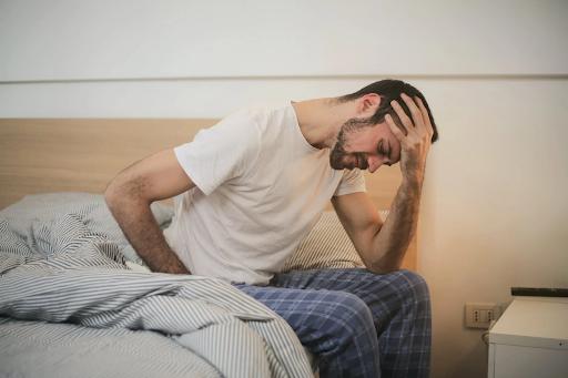 Tramadol addict experiencing negative symptoms.